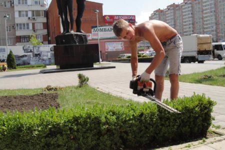 Уход за садом в Краснодаре